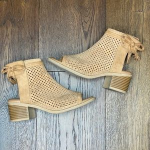 Justice Girl's Tan Bootie size 5